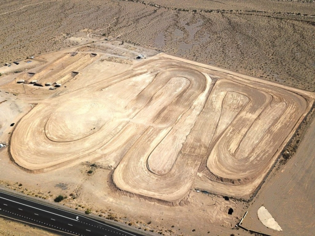 Las Vegas Off Road Experience - 1 Mile Pro Dirt Track